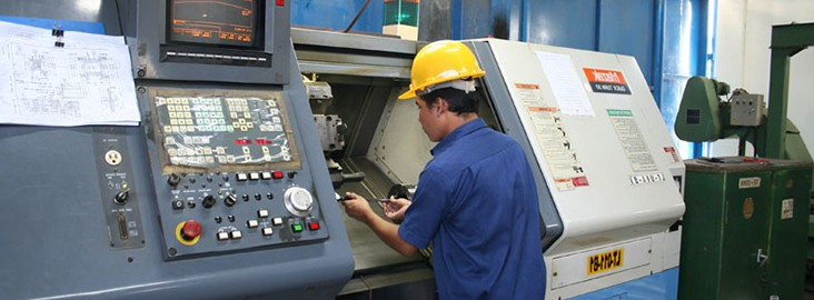 Изготовление деталей на токарном станке